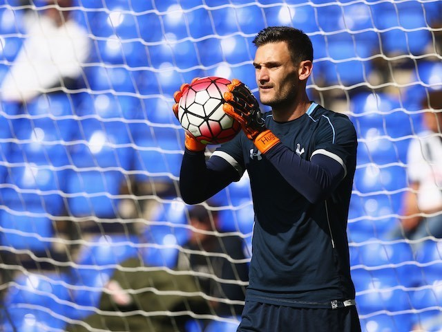 Spurs keeper Hugo Lloris warms up prior to the game with Crystal Palace on September 20, 2015