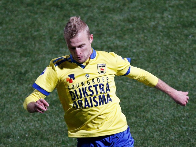 Vytautas Andriuskevicius of Cambuur in action during the Dutch Eredivisie match between SC Cambuur and PEC Zwolle at Cambuur Stadion on December 20, 2014