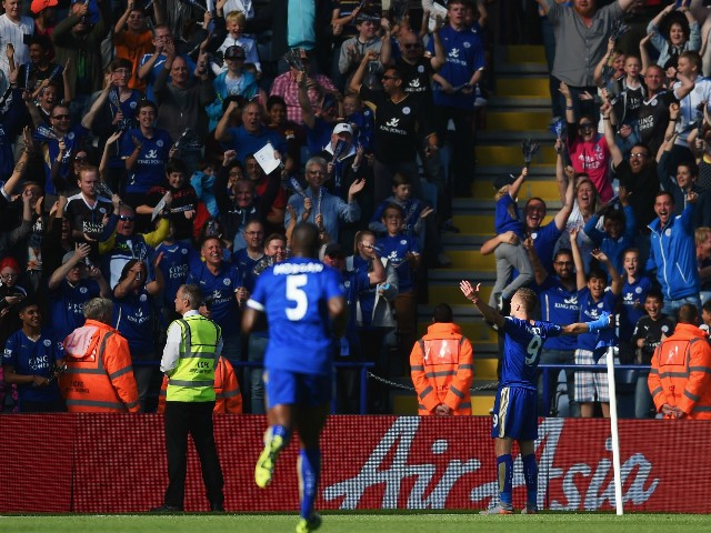 Jamie Vardy of Leicester City celebrates scoring his team's first goal during the Barclays Premier League match between Leicester City and Arsenal at The King Power Stadium on September 26, 2015 in Leicester, United Kingdom.