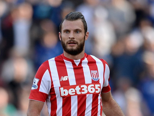 Erik Pieters earned a  million dollar salary - leaving the net worth at 3.6 million in 2018
