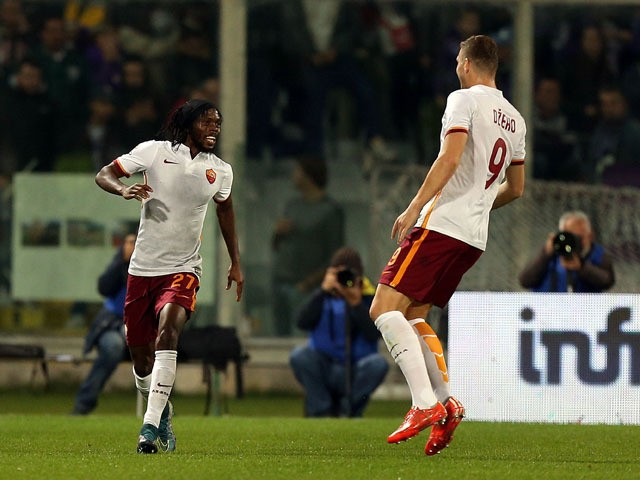 Gervinho of AS Roma celebrates after scoring a goal during the Serie A match between ACF Fiorentina and AS Roma at Stadio Artemio Franchi on October 25, 2015