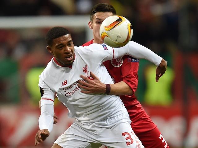 Elmir Nabiullin (R) of FC Rubin Kazan is challenged by Jordon Ibe of Liverpool FC during the UEFA Europa League group B match between FC Rubin Kazan and Liverpool FC at the Kazan Arena Stadium on November 05, 2015 in Moscow, Russia.