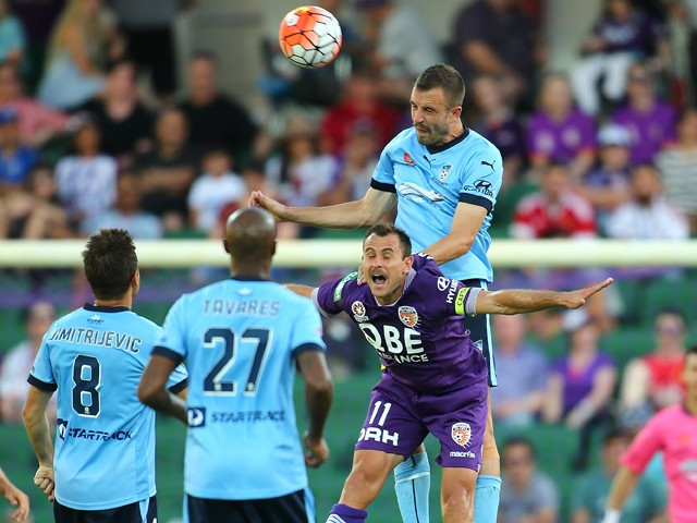 Matt Jurman of Sydney heads the ball agisnt Richard Garcia of the Glory during the round seven A-League match between Perth Glory and Sydney FC at nib Stadium on November 21, 2015