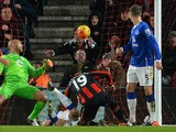 Everton's US goalkeeper Tim Howard (L) watches as Bournemouth's English midfielder Junior Stanislas (C) scores his team's second goal during the English Premier League football match between Bournemouth and Everton at the Vitality Stadium in Bournemouth,