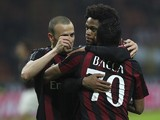 Luiz Adriano (C) of AC Milan celebrates his goal with his team-mates Carlos Bacca (R) and Luca Antonelli (L) during the Serie A match between AC Milan and UC Sampdoria at Stadio Giuseppe Meazza on November 28, 2015 in Milan, Italy.