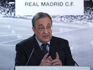 Real Madrid CF president Florentino Perez gives a press conference at Estadio Santiago Bernabeu on November 23, 2015
