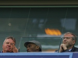 Guus Hiddink, Didier Drogba and Roman Abramovich watch on from the stands as Chelsea host Sunderland on December 19, 2015