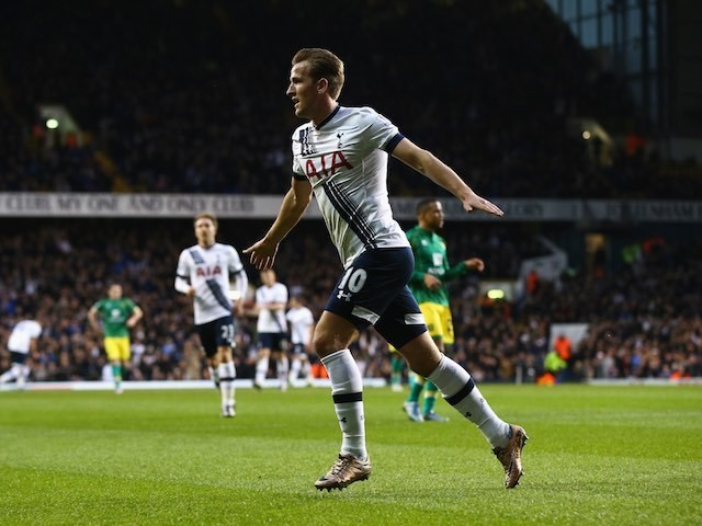 Harry Kane celebrates scoring Spurs' second against Norwich on December 26, 2015