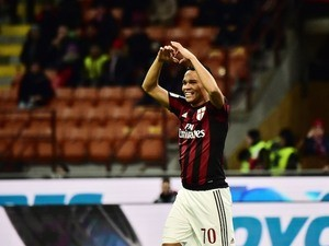 Carlos Bacca celebrates scoring during the game between Milan and Fiorentina on January 17, 2016