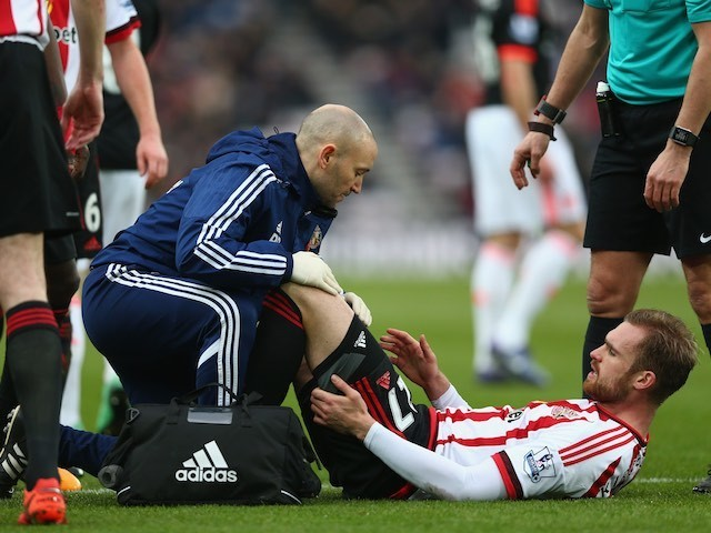 Jan Kirchhoff receives treatment during the Premier League game between Sunderland and Manchester United on February 13, 2016