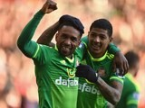 Jermain Defoe celebrates with Patrick van Aanholt during the Premier League game between Southampton and Sunderland on March 5, 2016