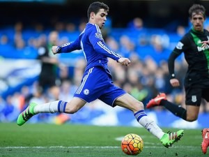 Oscar tries to stick it in during the Premier League game between Chelsea and Stoke City on March 5, 2016