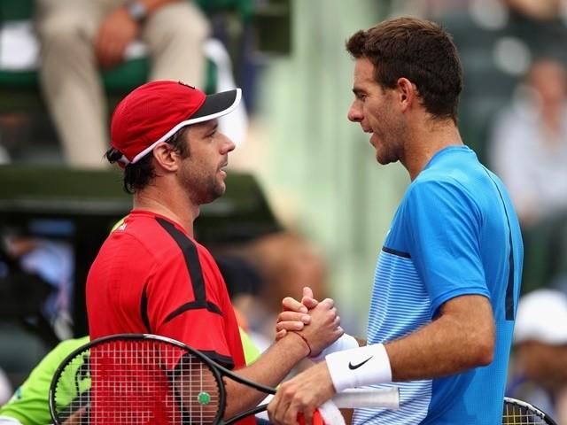 Horacio Zeballos and Juan Martin del Potro in their second-round match during the Miami Open on March 25, 2016