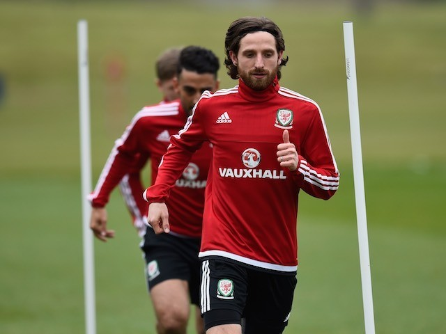 Joe Allen in action at a Wales training session on March 22, 2016
