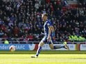 Jamie Vardy scores his second during the Premier League game between Sunderland and Leicester City on April 10, 2016