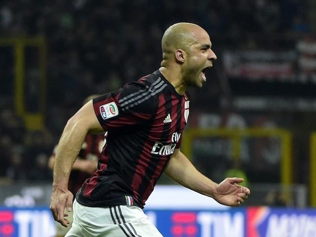 Alex celebrates scoring during the Serie A game between Milan and Juventus on April 9, 2016