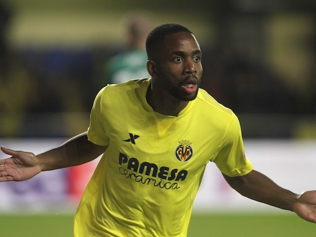 Cedric Bakambu celebrates scoring during the Europa League quarter-final between Villarreal and Sparta Prague on April 7, 2016