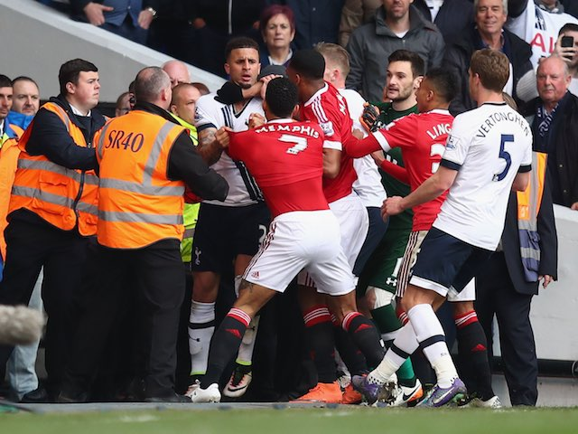 Kyle Walker and Mephis Depay square up during the Premier League game between Tottenham Hotspur and Manchester United on April 10, 2016