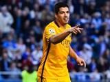 Luis Suarez scores Barcelona's fifth during the La Liga game between Deportivo La Coruna and Barcelona on April 20, 2016