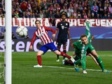 Atletico Madrid striker Fernando Torres hits the post during his side's Champions League semi-final first leg against Bayern Munich at the Vicente Calderon on April 27, 2016