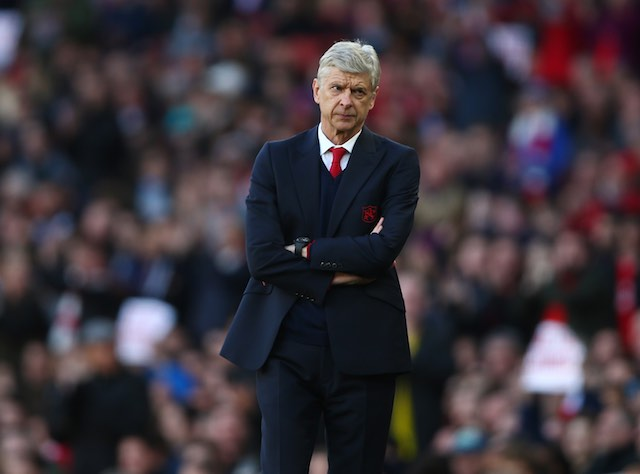 Arsene Wenger serves the sass during the Premier League game between Arsenal and Norwich City on April 30, 2016