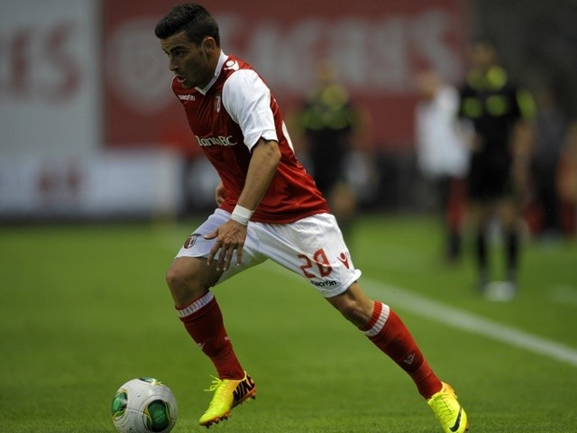 Braga's Salvador Agra controls the ball on August 2, 2013