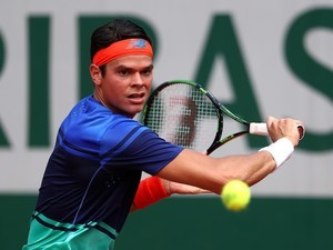 Milos Raonic in action at the French Open on May 27, 2016