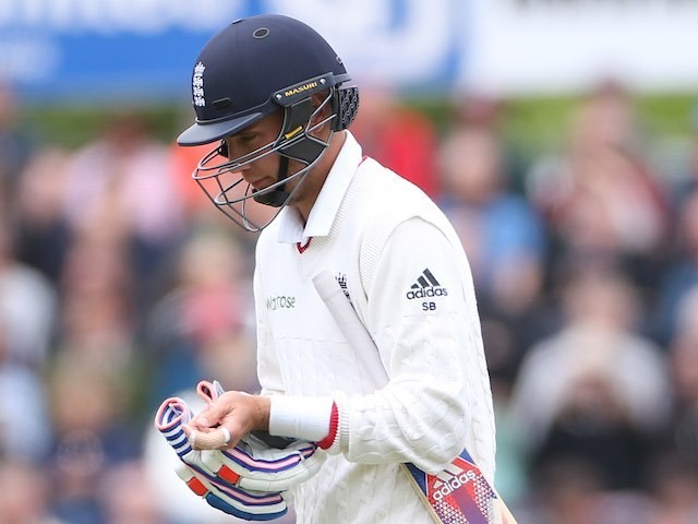 Stuart Broad walks off the field after being dismissed during day two of the second Test between England and Sri Lanka on May 28, 2016