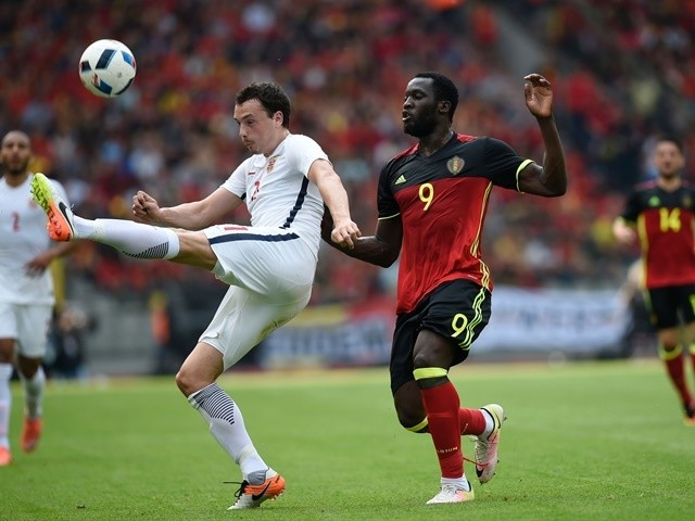Norway's Haitam Aleesami vies with Belgium's Romelu Lukaku during the international friendly on June 5, 2016