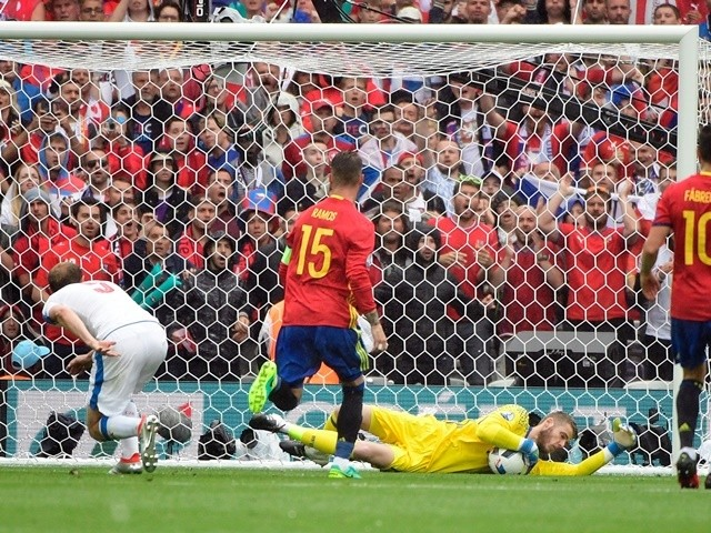 David de Gea makes a save during the Euro 2016 Group D game between Spain and Czech Republic on June 13, 2016