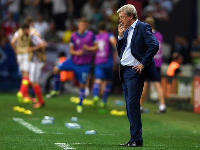 England's coach Roy Hodgson looks on during Euro 2016 round of 16 football match between England and Iceland at the Allianz Riviera stadium in Nice on June 27, 2016