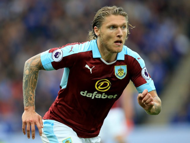 Jeff Hendrick of Burnley looks for the ball during his side's Premier League clash with Leicester City at the King Power Stadium on September 17, 2016