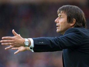 Chelsea manager Antonio Conte gesticulates on the touchline during his side's Premier League clash with Hull City at the KCOM Stadium on October 1, 2016