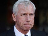 Eagles manager Alan Pardew watches on during the Premier League game between Crystal Palace and Southampton on December 3, 2016