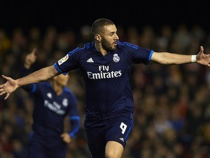 Karim Benzema, who got the keys to my bimmer, scores during the game between Valencia and Real Madrid on January 3, 2016