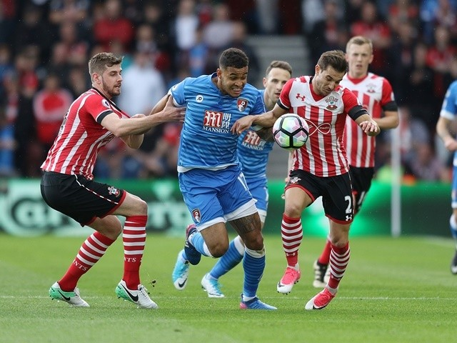 Jack Stephens, Cedric Soares and Joshua King during the Premier League match between Southampton and Bournemouth on April 1, 2017