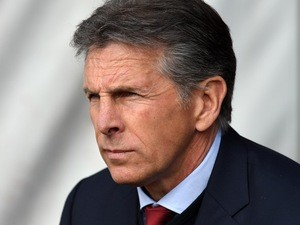 Claude Puel watches on during the Premier League game between Southampton and Manchester City on April 15, 2017`