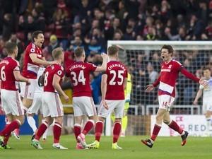 Marten de Roon celebrates scoring during the Premier League game between Middlesbrough and Sunderland on April 26, 2017