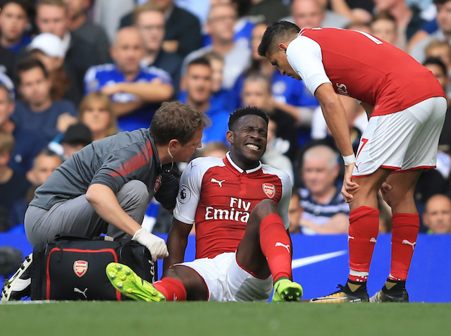 Arsenal's Danny Welbeck out with groin injury until after global break